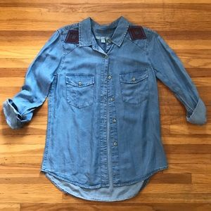 Soft Jean Button Down - Fall Essential!